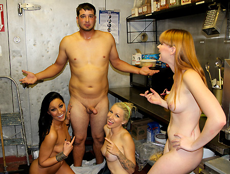 The Cook Is In The Pussy w/ Tiffany Brookes, Stevie Shae, & Marie McCray
